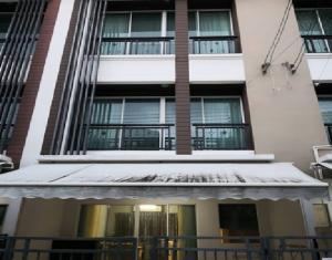 เช่าทาวน์เฮ้าส์/ทาวน์โฮมลาดพร้าว71 โชคชัย4 : For Rent ให้เช่า ทาวน์โฮม 3 ชั้น โครงการบ้านกลางเมือง โชคชัย 4 ซอย 50 ลาดพร้าว แอร์ 4 เครื่อง เฟอร์นิเจอร์ครบ อยู่อาศัย หรือ เป็นสำนักงาน จดบริษัทได้