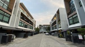 For RentTownhouseLadprao 48, Chokchai 4, Ladprao 71 : Hot!! Townhome for rent 3.5 floors 🚩Townhouse for rent Arden Ladprao 71 (Arden Ladprao 71), Soi Satri Witthaya 2, Nak Niwat Road.