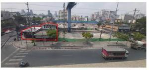 ขายที่ดินรัชดา ห้วยขวาง : ที่ดินเหมาะกับการลงทุน พื้นที่ด้านหลังแปลงเป็นพื้นที่พัฒนาเป็นอาคารสำนักงานให้เช่าขนาดใหญ่ที่ดินติดถนน วิภาวดีรังสิต และ ถนน สุทธิสารวินิจฉัย 111 ตรว ตรว ละ 550,000 บาท ราคารวมที่ดิน61,050,000บาท ติดต่อทิพย์โทร0802826624