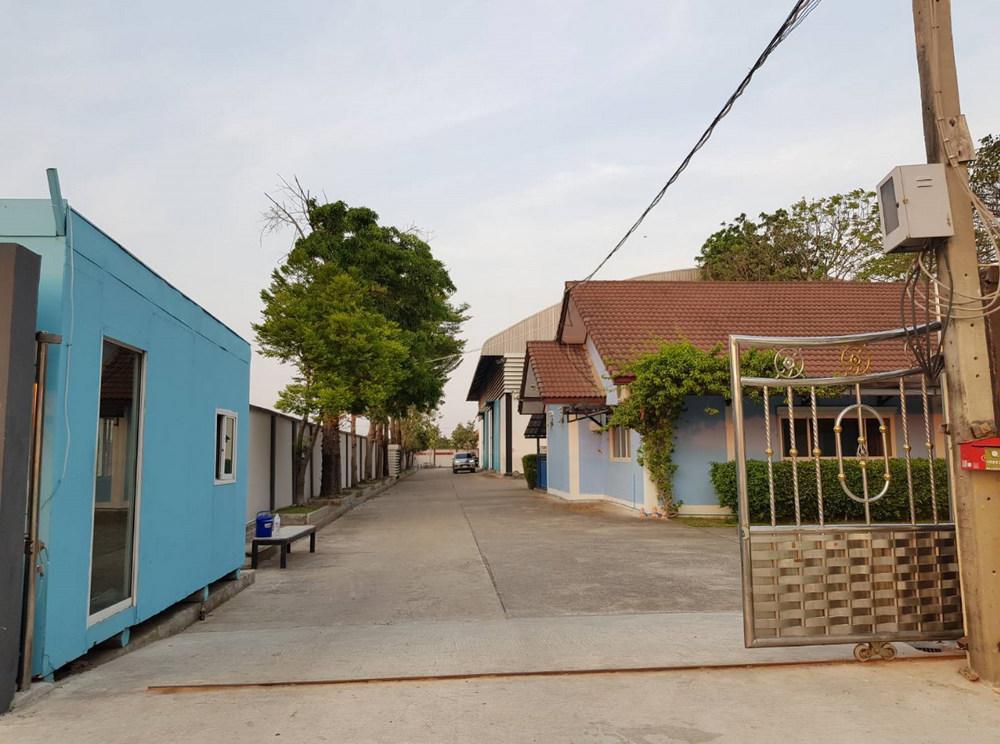 For SaleLandBangbuathong, Sainoi : (Owner) Sell and rent 8 rai of land with factories, warehouses and houses, Bang Bua Thong, Nonthaburi, near the purple train. Khlong Bang Phai Station, great location
