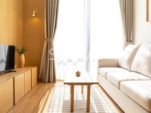 เช่าคอนโดสุขุมวิท อโศก ทองหล่อ : 1 นอนห้องใหญ่ แต่งสวย สไตล์ Japanese มีอ่างอาบน้ำ นอนชิว บนทำเลดี ๆ ใกล้ BTS พร้อมพงษ์
