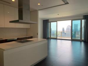 For SaleCondoWitthayu,Ploenchit  ,Langsuan : Condo for Sale 3 bedroom unit at 185 Rajadamri, Lumpini View near BTS Ratchadamri.