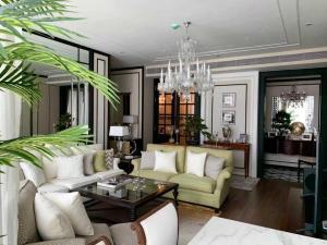 เช่าคอนโดสุขุมวิท อโศก ทองหล่อ : Kraam Sukhumvit 26 For Rent!!! 130,000 Baht, 2bed 2 bath, Size 110 sqm . Very nice condition  ,Fully Furnished and Ready to Move in