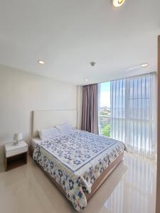 For RentCondoPattanakan, Srinakarin : For rent Element Srinakarin, near Srinakarin Road, room size 37 sqm., 1 bedroom, price 8,000 baht