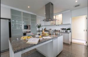 เช่าคอนโดอ่อนนุช อุดมสุข : ให้เช่าคอนโด Seven Place Residence ขนาด 285 Sq.m 3 bed 4 bath ราคาเพียง 89000 เท่านั้น !!