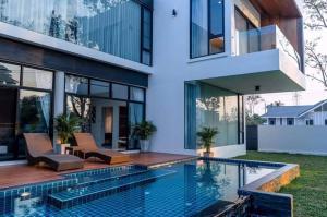 ขายบ้านเชียงใหม่ : ขายบ้านสร้างใหม่สไตล์โมเดิร์น ในโครงการ หางดง เชียงใหม่