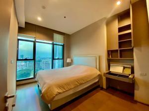 For SaleCondoSathorn, Narathiwat : Condo for sale, diplomat sathorn, big room, next to bts Surasak