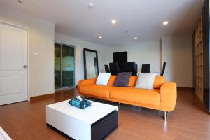 For RentCondoRama9, RCA, Petchaburi : For rent 3bedrooms at Belle Grand Rama 9. [ Building C , Fully Furnished ]