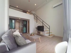 For RentCondoRattanathibet, Sanambinna : @condorental for rent Knightsbridge Duplex Tiwanon, north facing room, beautiful room, good price, ready to move in!!