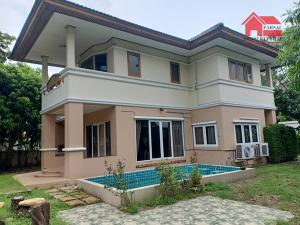 For RentHousePattanakan, Srinakarin : 2 storey detached house for rent, area 165 square meters, with swimming pool in the house, 3 bedrooms, 3 bathrooms, air conditioner, fully furnished, Phatthanakan Road, Suan Luang, rental price 35,000 baht / m.