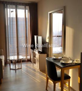 For RentCondoSukhumvit, Asoke, Thonglor : For Rent Condo Oka Haus Sukhumvit 36, near BTS Thonglor, One Bedroom Size 26.77 sq.m. 16,000/month