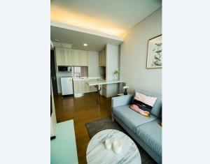 For RentCondoSukhumvit, Asoke, Thonglor : Luxury Condo The Lumpini 24 @BTS Phrom Phong, 38.4 sq.m 1Bed 26th floor Clear View, Facing East, Fully furnished