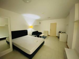เช่าคอนโดรัชดา ห้วยขวาง : ให้เช่าคอนโด ศุภาลัย ซิตี้ รีสอร์ท รัชดา-ห้วยขวาง (Supalai City Resort Ratchada)  สนใจติดต่อ 096-149-5654