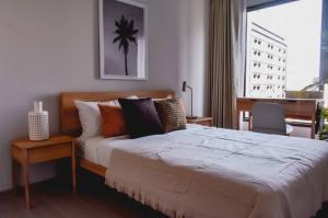 For RentCondoRama9, RCA, Petchaburi : @condorental for rent Life Asoke Rama 9, beautiful room, good price, ready to move in!!