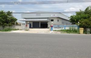 For RentWarehousePattaya, Bangsaen, Chonburi : BRA145 Factory warehouse for rent, area 2,000 sq m., Chonburi province, purple area. near Amata Nakorn Industrial Estate