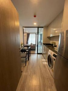 For RentCondoRatchathewi,Phayathai : 🌟 for rent : Maestro14 ราชเทวี 1 bedroom 1 bathroom 30 sq.m. price 16,000 THB/month Fully furnished  Ready move in near BTS!! 🌟