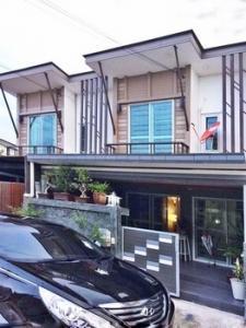 For RentTownhouseSamrong, Samut Prakan : House for rent Pruksa Prime Srinakarin-Bangna Townhome 2 floors Premium Grade.