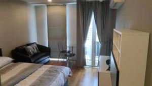 เช่าคอนโดลาดพร้าว เซ็นทรัลลาดพร้าว : ขาย / เช่า : คอนโด Abstracts phahonyothin parkห้องขนาด 25 ตรม. , ห้องstudio ชั้น 11 , ห้อมมุม🔥  ราคาขาย  2.89 ลบ. 🔥🔥  เช่า 12,000บาท / เดือน 🔥📌คอนโดใกล้รถไฟฟ้า MRT&BTS ห้าแยกลาดพร้าว เดินเพียง100เมตร🏢 📌เฟอร์ครบ +เครื่องใช้ไฟฟ้าครบ