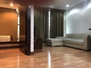 ขายคอนโดรัชดา ห้วยขวาง : ขายคอนโด The Kris Ratchada 1ห้องนอน ชั้น 3 พร้อมเฟอร์นิเจอร์และเครื่องใช้ไฟฟ้า  ห้องสวยพร้อมอยู่ (S2246)