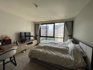 เช่าคอนโดรัชดา ห้วยขวาง : Maestro 03 Ratchada - Rama 9 for sale and rent. 2 bed 2 bath corner unit. Pet friendly.