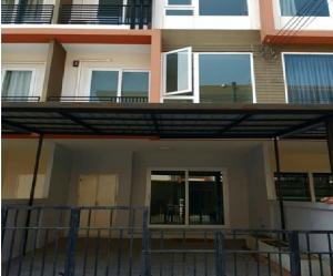 For RentTownhouseKaset Nawamin,Ladplakao : For Rent 3-storey townhome for rent, The Trust project. Kaset-Nawamin, Soi Nuanchan, beautiful decoration, 4 air conditioners, no furniture, can live or be an office, can register a company
