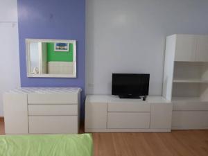 For RentCondoRama9, RCA, Petchaburi : Condo for rent Supalai Park Asoke-Ratchada 35 sqm.