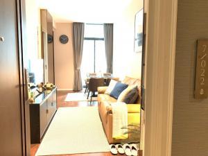 เช่าคอนโดสุขุมวิท อโศก ทองหล่อ : ให้เช่า 1 ห้องนอน ตกแต่งดีพร้อมอ่างอาบน้ำ - Rent 1 Bedroom Nice decoration !!
