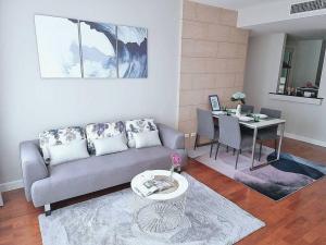 เช่าคอนโดสุขุมวิท อโศก ทองหล่อ : Agent Post 💥 Condo Siri Residence Sukhumvit 24 (2 Bedrooms 2 Bathroom With 1 Bathtub)