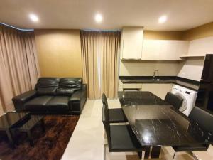 For RentCondoSathorn, Narathiwat : 🔥 Room for rent 🔥 Rhythm Sathorn-Narathiwas #PN-00004326