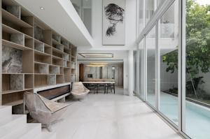 ขายบ้านสุขุมวิท อโศก ทองหล่อ : ขายบ้านเดี่ยว 3.5 ชั้น พร้อม Pool Villa  ใจกลางสุขุมวิท 65 เดินทางง่าย เข้าออกสะดวก