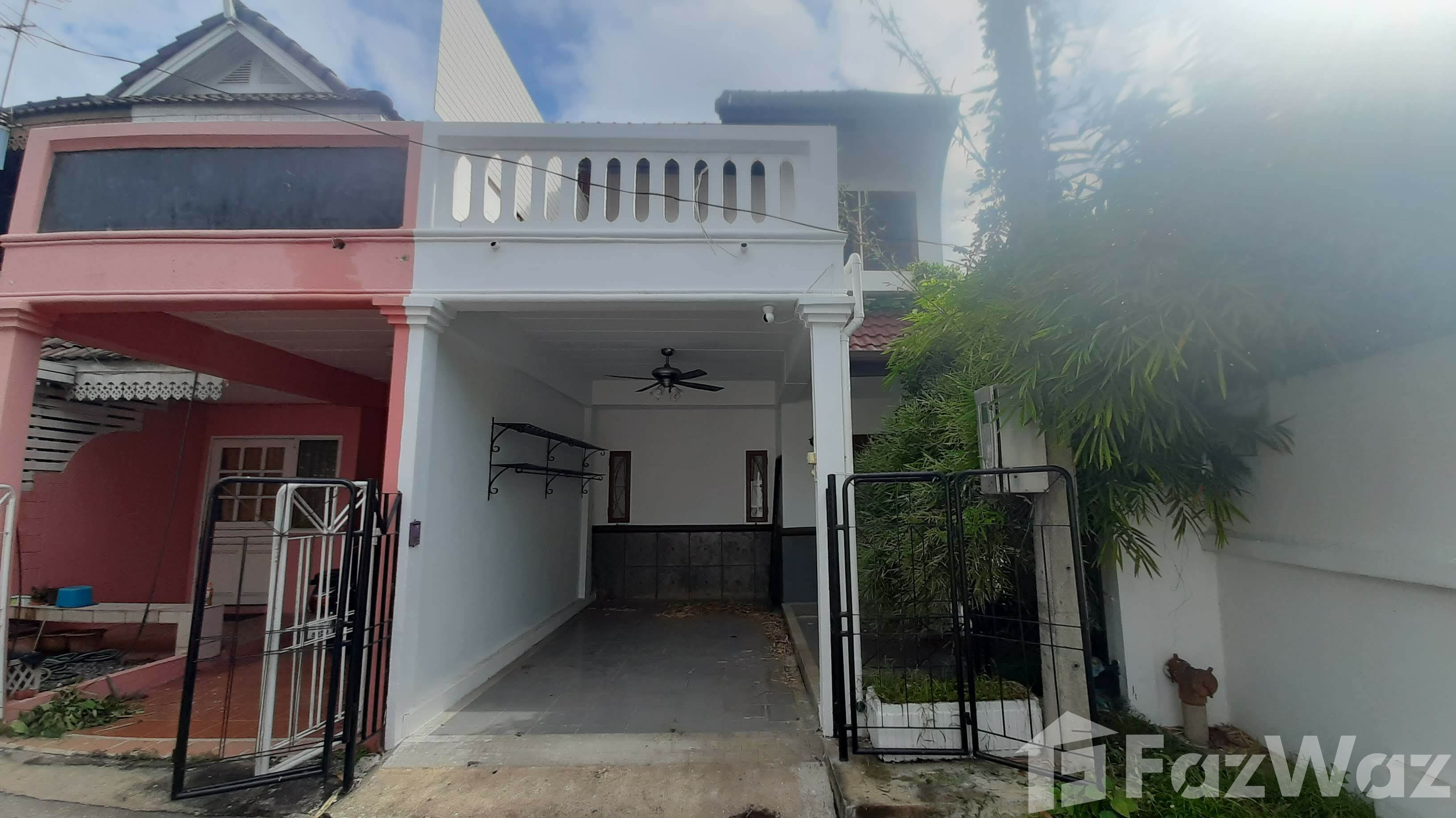 For SaleHouseChiang Mai : 2 Bedroom Townhouse for sale in , Chiang Mai  U644748