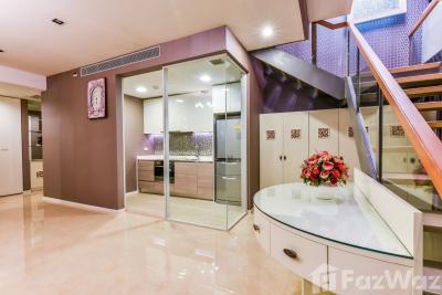 For SaleCondoSukhumvit, Asoke, Thonglor : 3 Bedroom Condo for sale at The Room Sukhumvit 21  U877960