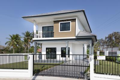 For SaleHousePhitsanulok : 3 Bedroom House for sale in , Phitsanulok  U662946