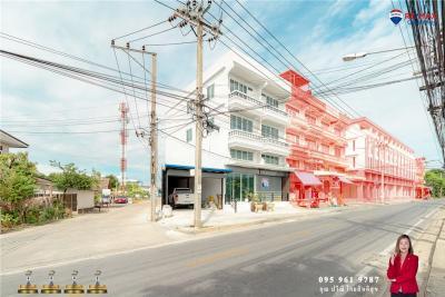 ขายบ้านเอกชัย บางบอน : ขายด่วน อาคารพาณิชย์ 2 คูหา 3.5 ชั้น ซอยกำนันแม้น - 920091046-40