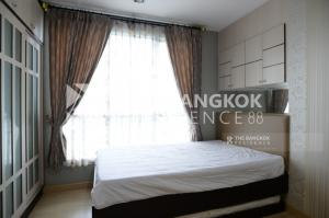 For RentCondoSathorn, Narathiwat : Super cheap, Life Sathorn10 Bts, St. Louis, high floor, built-in decoration room, the whole room is ready.