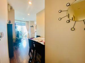 For SaleCondoRatchathewi,Phayathai : Condo Chewathai Ratchaprarop, 2 bedroom 59 sqm. 22th floor, near BTS, ARL, expressway