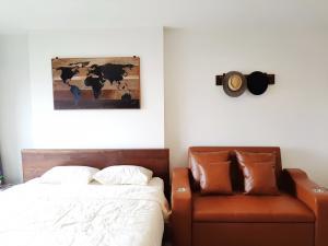 For RentCondoThaphra, Wutthakat : For rent Aspire Sathorn-Ratchapruek Studio , size 26 sq. m. , Beautiful room, fully furnished.