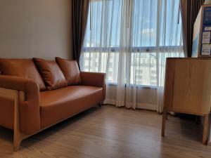 For RentCondoRamkhamhaeng, Hua Mak : ให้เช่า เดอะทรี หัวหมาก อินเตอร์เชนจ์ ตกแต่งสวยพร้อมอยู่ 1 ห้องนอน 1 ห้องนั่งเล่น