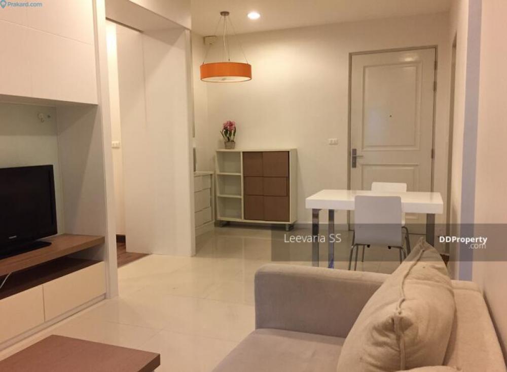 For RentCondoWongwianyai, Charoennakor : For rent Q House Sathorn BTS Krung Thon Buri station 1 BR. 1 B.A. Floor 10th.