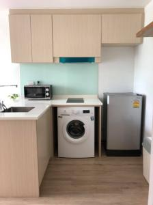 For RentCondoOnnut, Udomsuk : 🔥🔥Hot Deal!🔥🔥 Condo for rent, SERIO Sukhumvit 50, 32 sqm., 4th floor, corner unit, 1 bedroom, 1 bathroom, pool view, BTS On Nut [Code:A320]