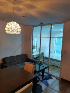 For RentCondoOnnut, Udomsuk : Fully furnished, Just redecorated. Regent home Sukhumvit 81  700M to BTS Onnut