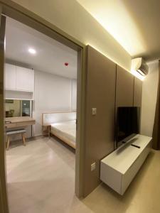 For RentCondoSukhumvit, Asoke, Thonglor : @condorental Noble Ambience Sukhumvit 42 for rent, near BTS Ekkamai, beautiful room, good price, ready to move in!!