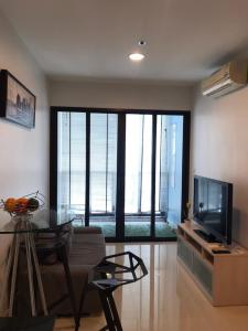 For RentCondoRatchadapisek, Huaikwang, Suttisan : @condorental for rent IDEO RATCHADA-HUAYKWANG, beautiful room, good price, ready to move in!!
