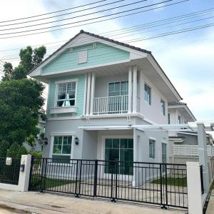 For RentHouseRangsit, Patumtani : Hot Quick rental !! 2-storey semi-detached house, fully furnished, very nice, low price, Modi Villa village, behind the corner of Khlong 7, beautiful house, wide lawn.