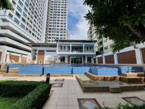 For RentCondoOnnut, Udomsuk : Lumpini Ville Sukhumvit 77 (2) Price 13,000 baht/month Make an appointment to see the room, contact via Line Line ID: @easycondo (with @ too)