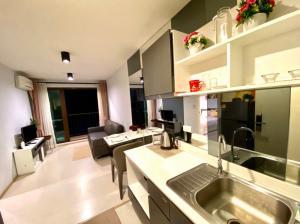 For SaleCondoPhuket, Patong : Zcape 3 Phuket For sale 2.19 million from 2.7 million Scene 3 near Central Phuket