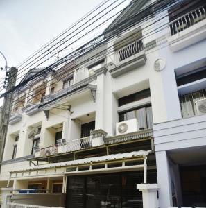 For SaleHouseRatchadapisek, Huaikwang, Suttisan : HP-6360022 Urgent Sale Townhouse Baan Klang Muang. Ratchada-Mengjai Soi Lao Embassy