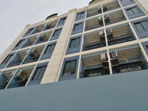 For RentShophouseRatchadapisek, Huaikwang, Suttisan : RPJ193 for rent, the whole house, new apartment, 7 floors, area 304 square wa, 60 rooms, Suthisan area, Soi 20 June, near Suthisan MRT