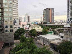 For RentCondoWongwianyai, Charoennakor : For rent Ideo blue cove condo walk 20 steps to BTS Wongwian Yai.