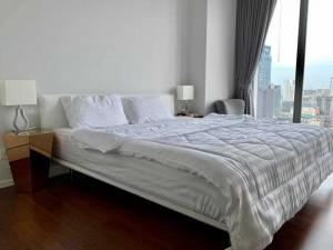 For RentCondoNana, North Nana,Sukhumvit13, Soi Nana : Condo for rent Hyde Sukhumvit 11 BA21_07_071_02 beautiful room, complete electrical appliances. Ready to move in. Price 34,999 baht.